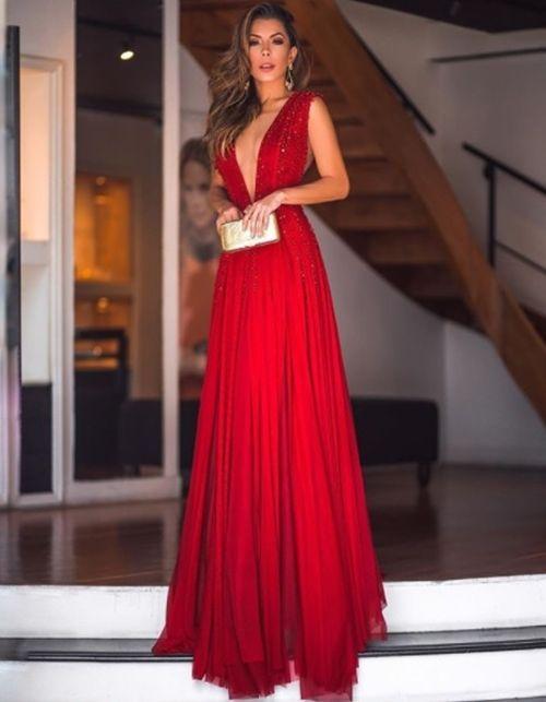 Vestido longo: encontre o modelo que mais combina com você