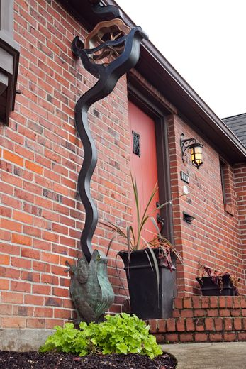 Decorative Downspouts  Saw Plenty Of These In Oregon