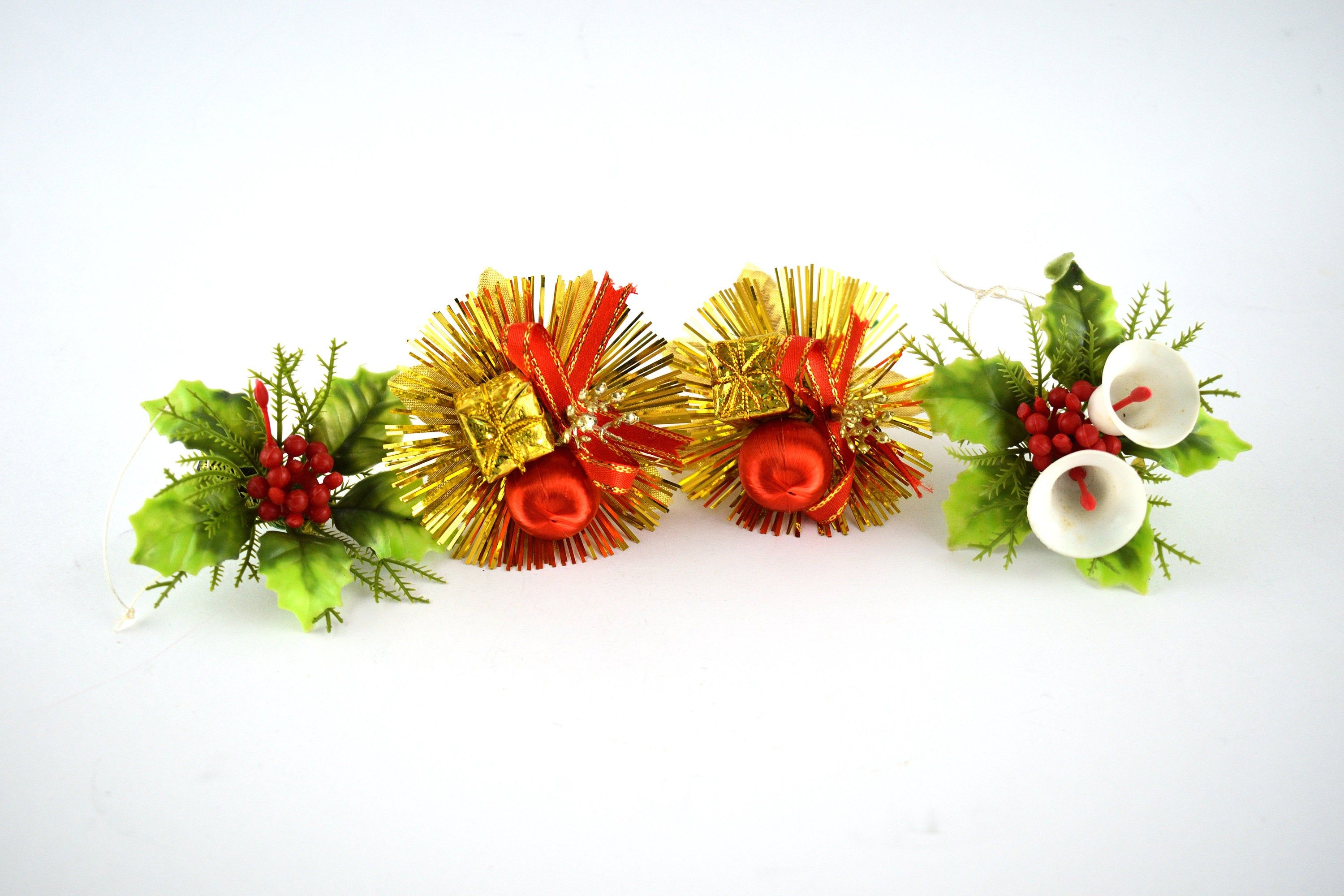 Christmas Cake Toppers Lot Of Four Floral Holly Decorations