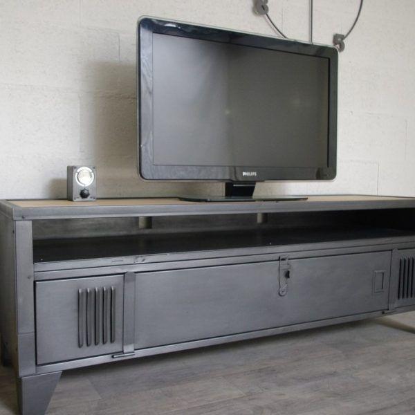 Meuble Tv Industriel Bas Metal Et Bois 180cm Industriel Restaure En 2020 Meuble Tv Style Industriel Meuble Tv Industriel Meuble Casier