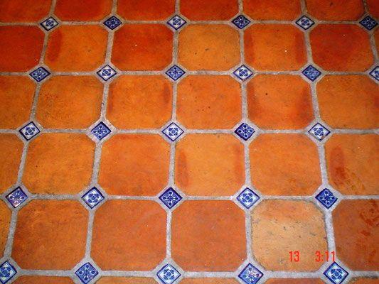 Pisos r sticos artesanales talavera azulejo talavera - Azulejos para patio ...