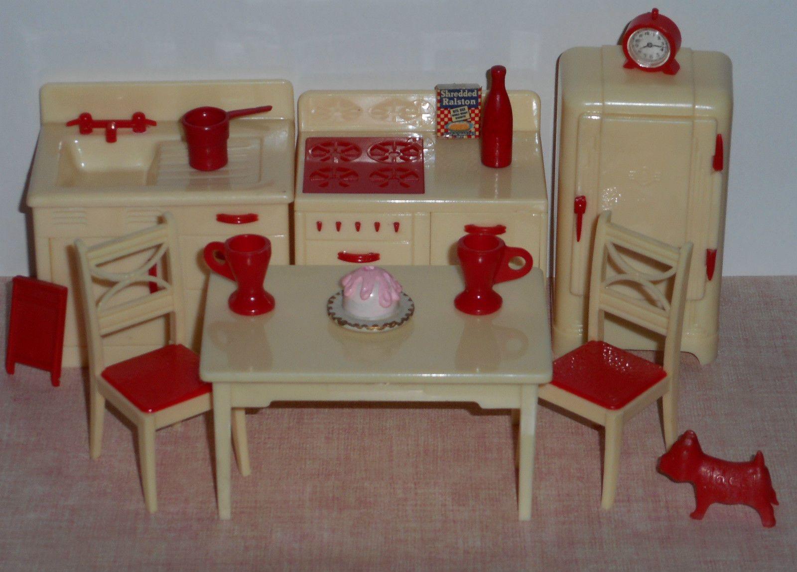 Vintage Renwal 3 4 Plastic Dollhouse Kitchen Furniture Cream Red