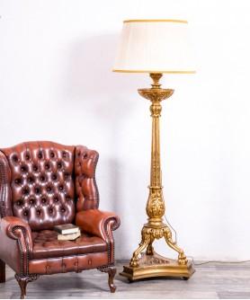 Lámpara De Pie Antigua En Pan De Oro Decoracion Decoracionhogar Decoration Decor Homeinterior Lámparas De Pie Antiguas Lámparas De Pie Decoración De Unas