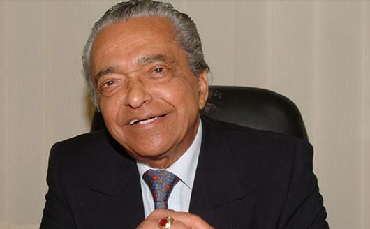 Mahdi Elmandjra est un professeur et écrivain marocain en sciences humaines et sociales, né le 13 mars 1933 à Rabat et mort dans cette ville le 13 juin 2014.