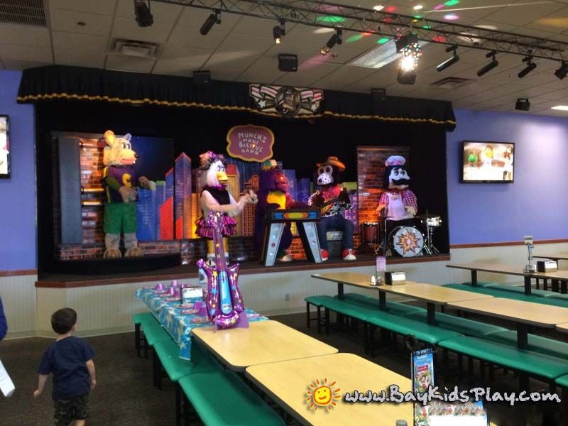 Newark chuck e cheeses bring your own decorations or