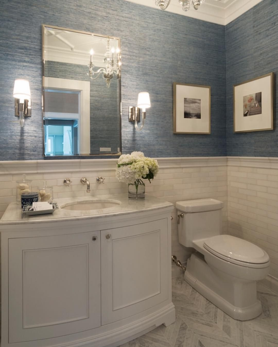 Gray Powder Room With Grey Grasscloth: Powder Room Grasscloth