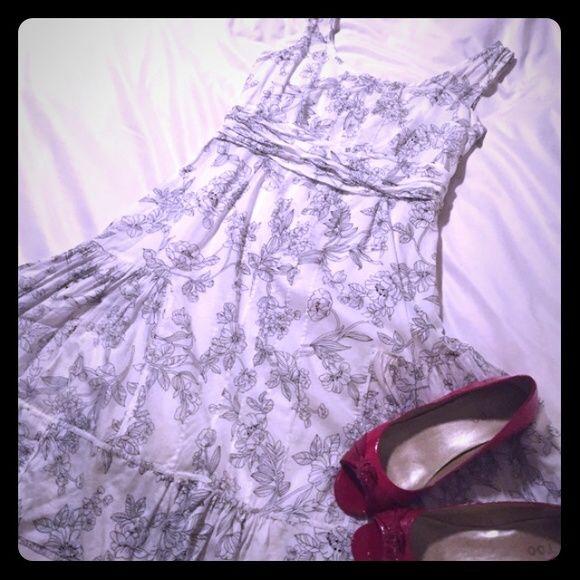 Calvin Klein Summer Dress sz 8 100% cotton.  Excellent condition. Calvin Klein Dresses