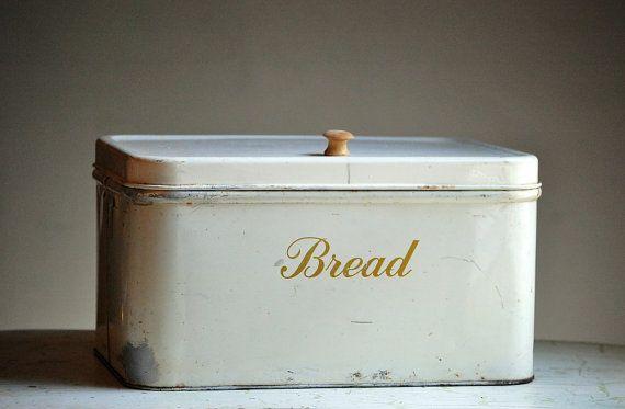 Farmhouse Kitchen Bread Box - Metal Bread Box - Decoware - Shabby Kitchen