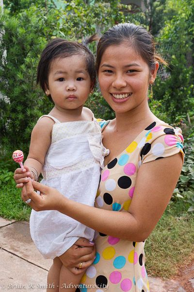 South Vietnamese Mother Daughter Vinh Long Vietnam People Cute Mixed Kids Mother And Child Reunion