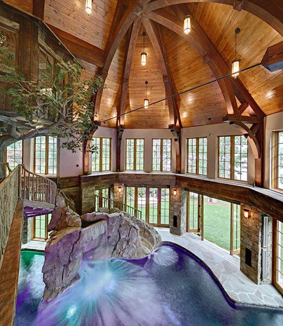 Luxury Lake Homes Interior: Lakefront Dream Home Lists With Indoor Tree House! (PHOTOS