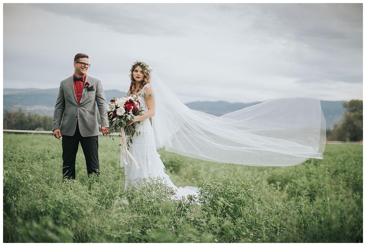 Kelowna Wedding Photographer – Benvoulin Heritage Church Wedding – Gabriella & Andrew   Heatherly Photography