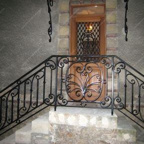 garde corps en fer forg balcon terrasse traditionnels mod le gct05 barreaux m daillon 2 fer. Black Bedroom Furniture Sets. Home Design Ideas