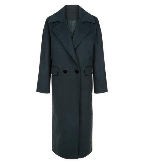 Anita and green duster coat