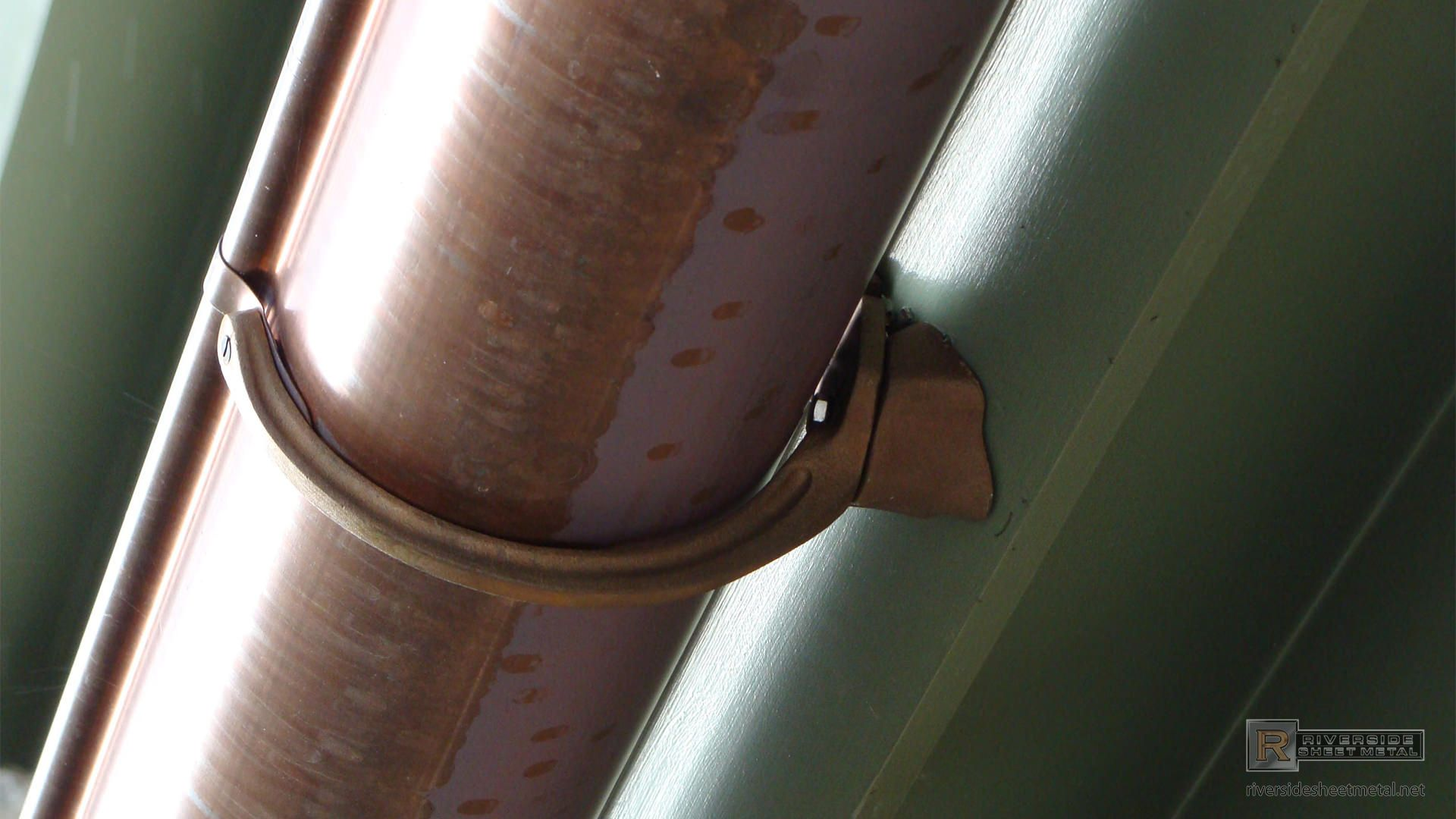 Copper Gutter With Undermount Hanger Copper Gutters Gutters Gutter