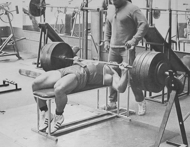 Pin By Jose Alberto On Culturismo Crossfit Y Fitness Bench Press Super Human Strength Retro Fitness