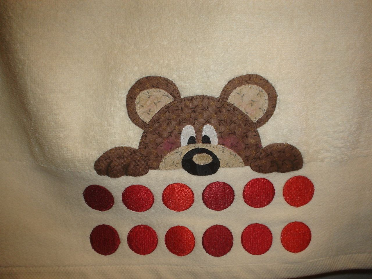 Las cosinas de elisa toalla patchwork osito con patrones - Patrones para hacer patchwork ...