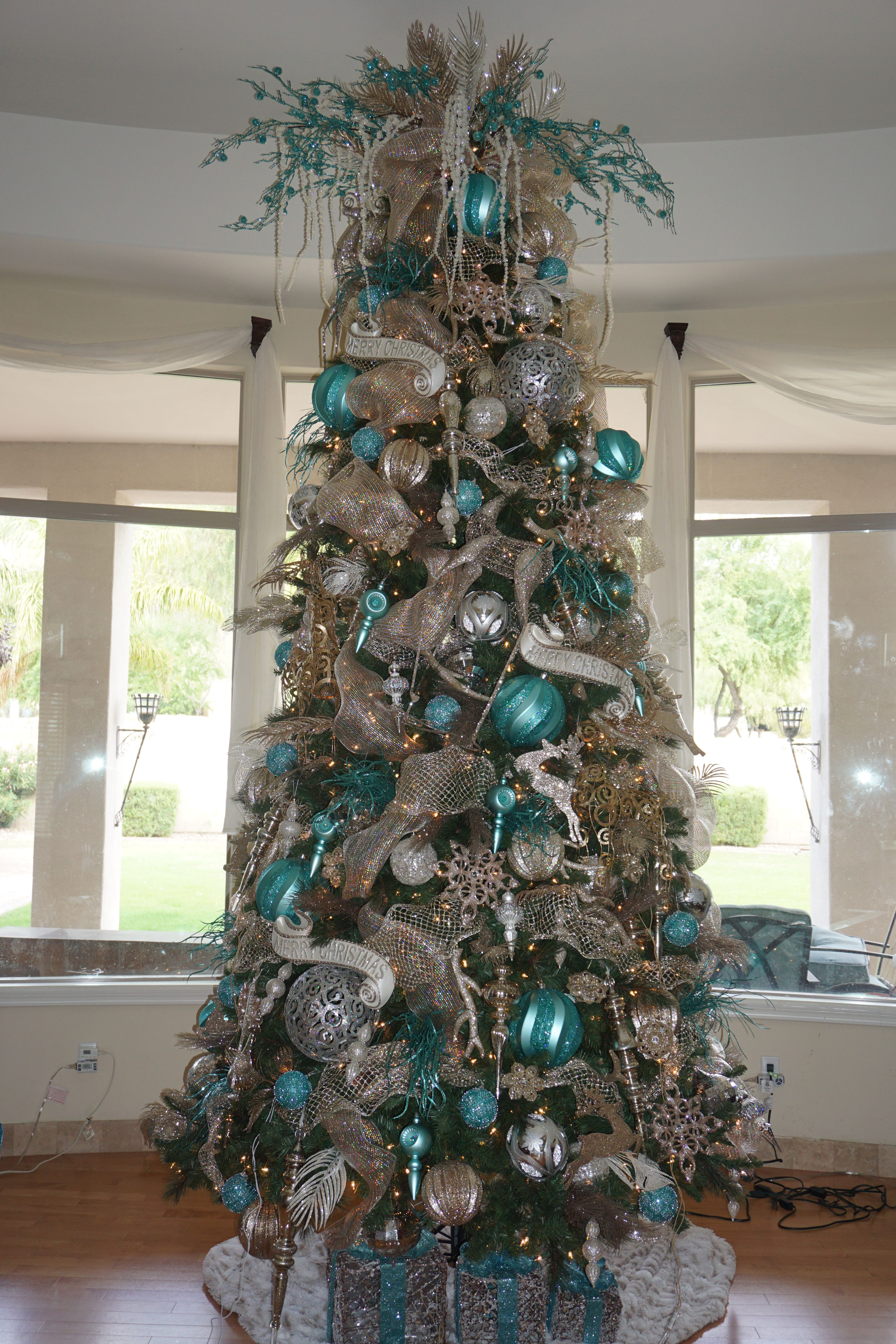 my turquoise silver and champagne christmas tree decorated by mindy meyersick 2015
