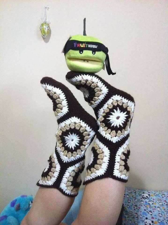 Pantufla bota | tejidos | Pinterest | Tejido, Medias y Zapatillas