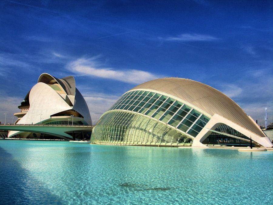 Ciudad De Las Artes Y Las Ciencias De Valencia Futuristic Architecture Concept Architecture Architecture