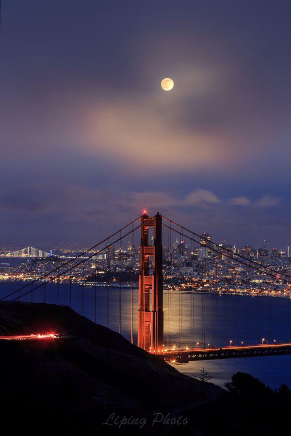 Full Moon Shine Night Fog Above The Golden Gate Bridge