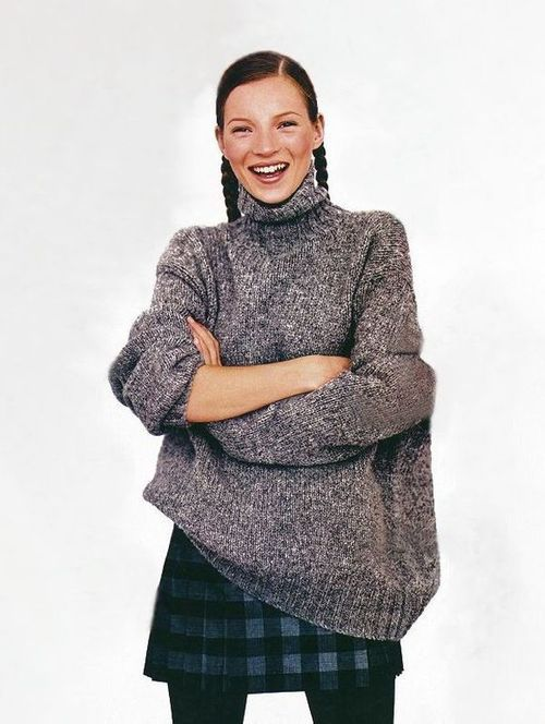 kate moss with braids a turtleneck skirt style fashion icons pinterest kleidung and. Black Bedroom Furniture Sets. Home Design Ideas