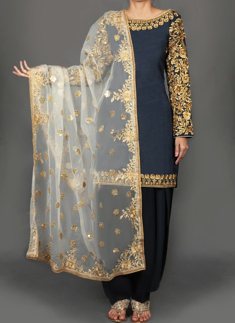 Navy blue and gold floral embroidered punjabi suit abiti da sposa