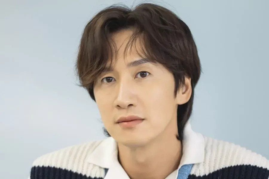 """Lee Kwang Soo To Step Down From """"Running Man"""""""