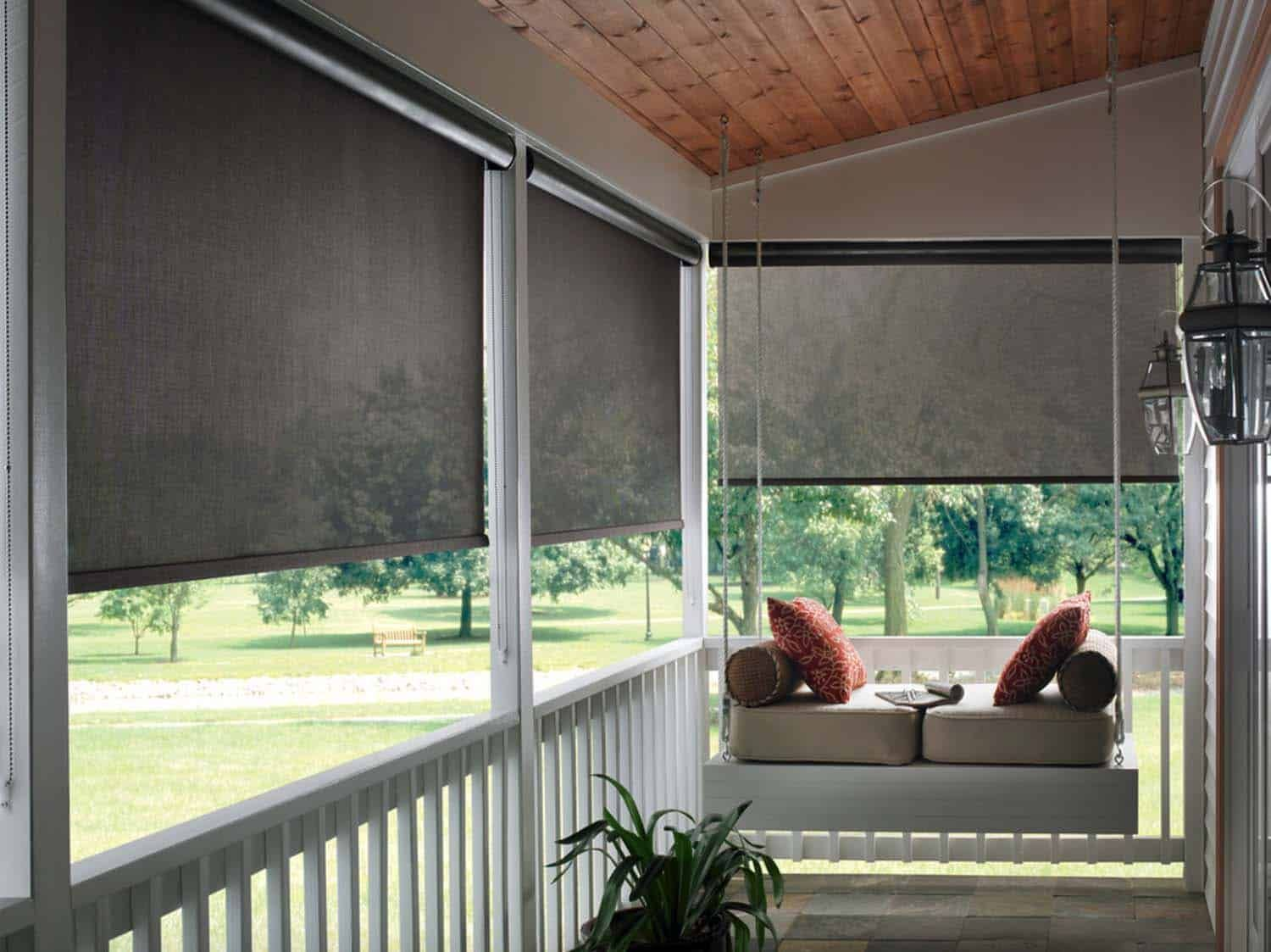30 Delightful And Intimate Three Season Screened Porch Ideas Porch Shades Patio Blinds Blinds Design