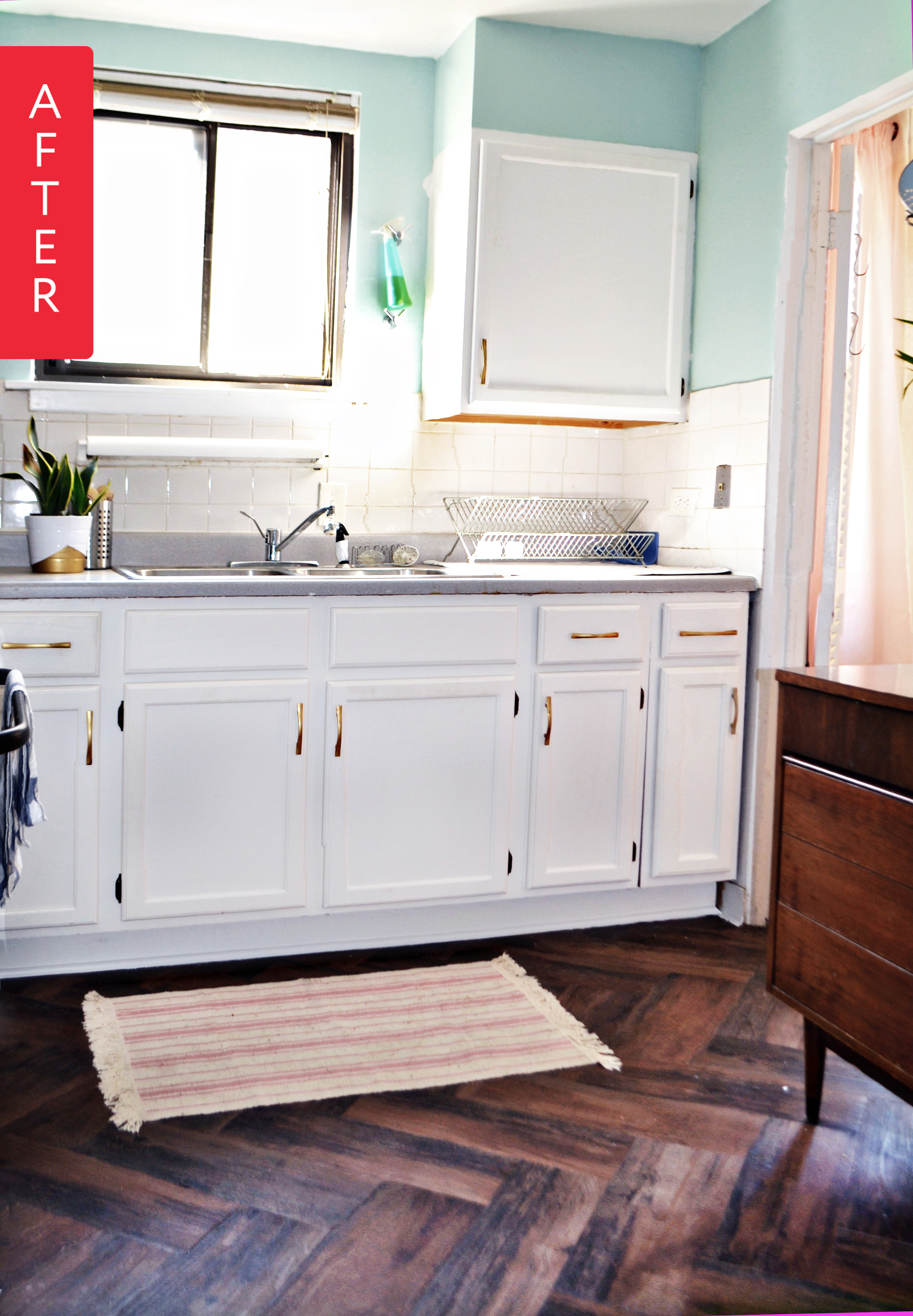 Before & After An Unbelievably Chic Rental Kitchen Makeover ...