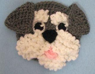 Cachorro em crochê cachecol