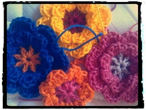 Crochet Flowers / Flores de crochê.