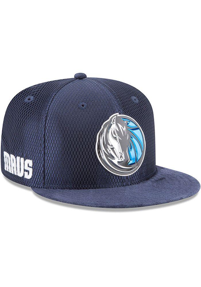 huge discount 1f209 869e7 New Era Dallas Mavericks Navy Blue NBA17 On Court Reverse Mens Snapback Hat,  Navy Blue, POLYESTER, Size OSFM