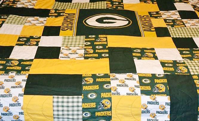 Green Bay Packers Quilt | Quilts | Pinterest : green bay packers quilt - Adamdwight.com