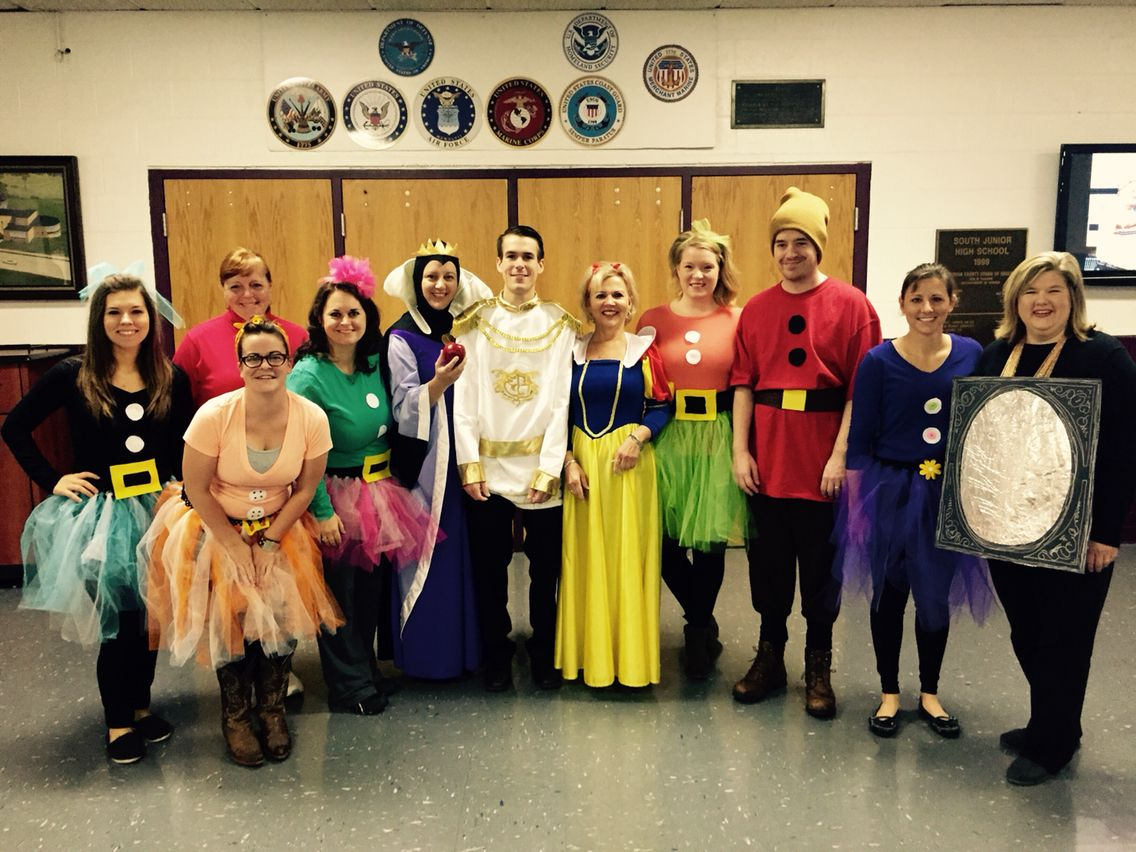 Snow White Group Costumes Group Costumes Book Character