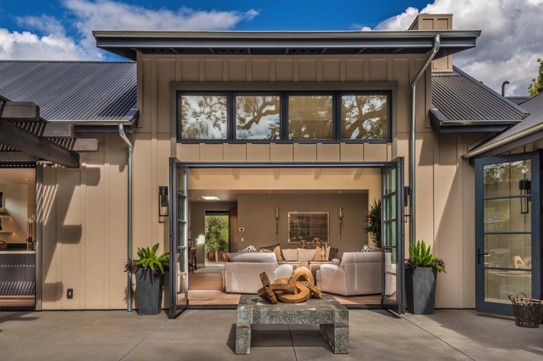 Breathtaking Modern Farmhouse Style Retreat In Napa Valley