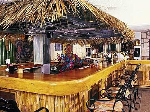 Bars In Jamaica Doctors Cave Hotel Grotto Bar In