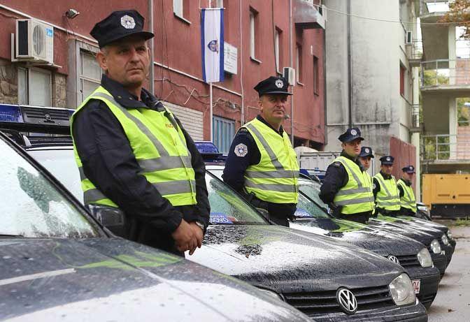 Приштина: Ослобођени Руси напуштају Косово - http://www.vaseljenska.com/wp-content/uploads/2017/08/косовска-полиција-2.jpg  - http://www.vaseljenska.com/vesti-dana/pristina-oslobodjeni-rusi-napustaju-kosovo/