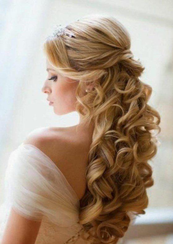 Brautfrisuren Seitlich Gesteckt Locken Flechtfrisur Haarband
