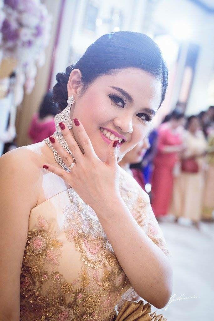 Pin de Dreamer en Cambodia wedding   Pinterest