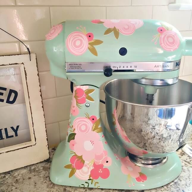 DIY Kitchenaid Mixer Using Printable Vinyl Mixers Cricut And - How to make vinyl monogram decals with cricut