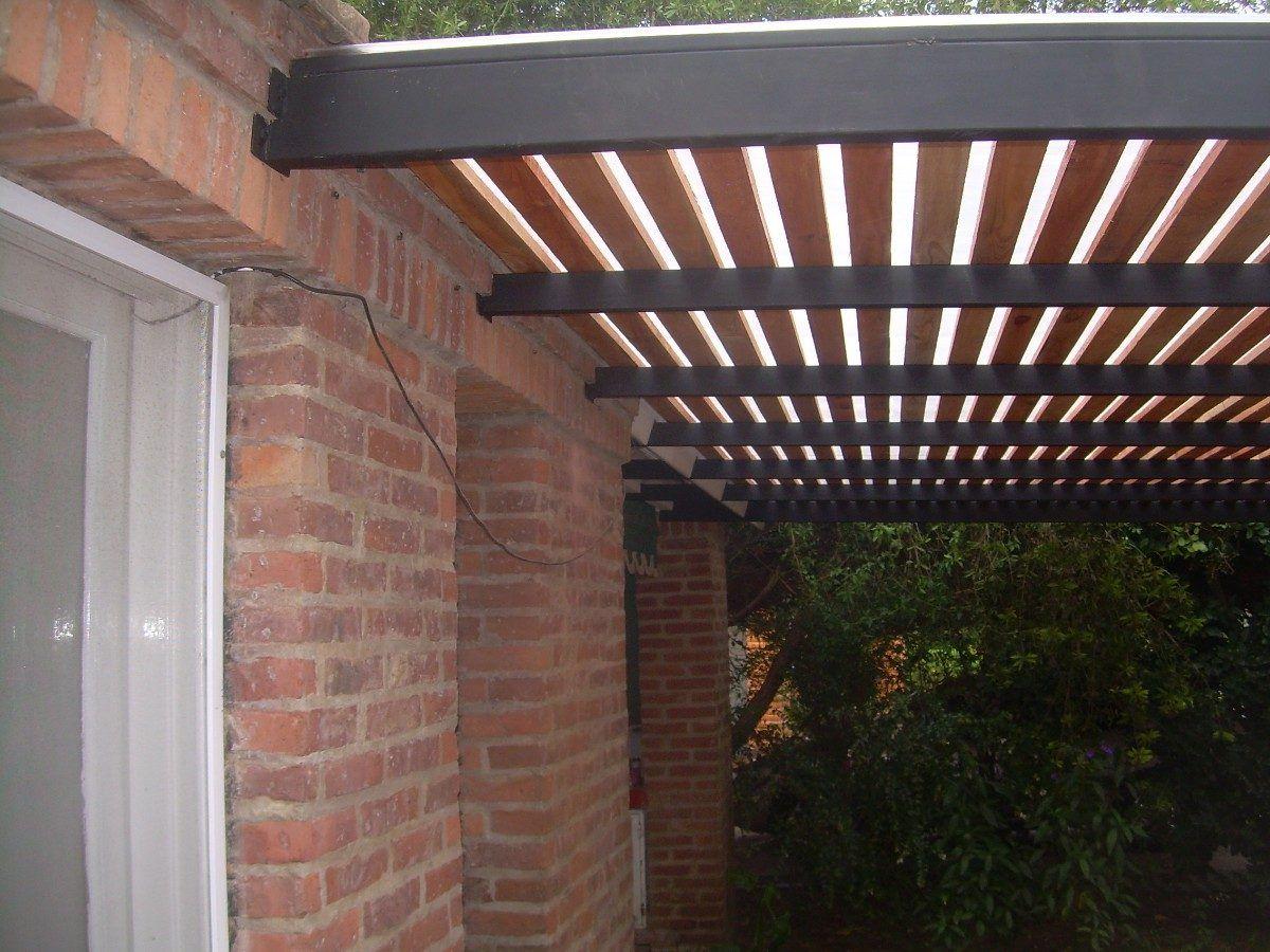 Pergola de hierro madera y policarbonato para dos autos - Cubiertas para patios ...