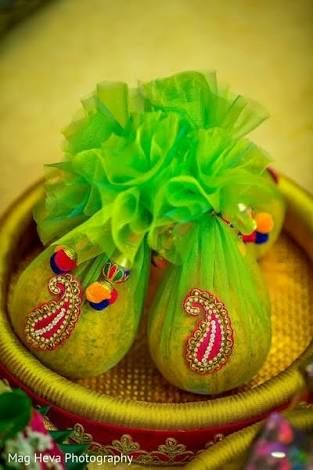 Image Result For Indian Engagement Tray Decoration Ideas Wedding Gifts Packaging Tray Decor Wedding Crafts
