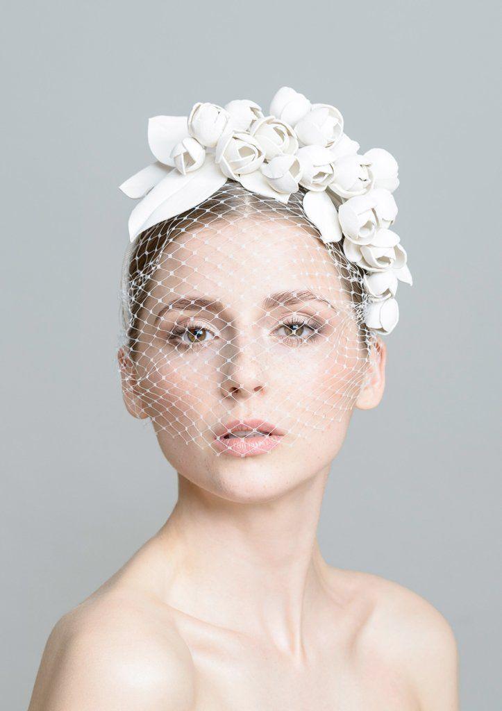 Lederblüten-Haarband mit Schleier (groß)