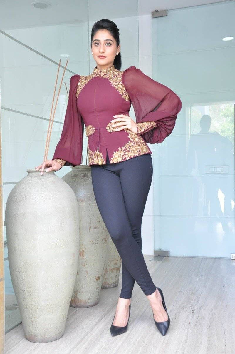 The Hot And Sexy South Indian Girl Model Actress Regina Cassandra In Brown Top And Blue Jeans Very Seducing Pics That Will So Erotic To See