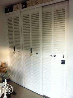 l persienne dressing placard bricolage paris portes de placards pinterest. Black Bedroom Furniture Sets. Home Design Ideas