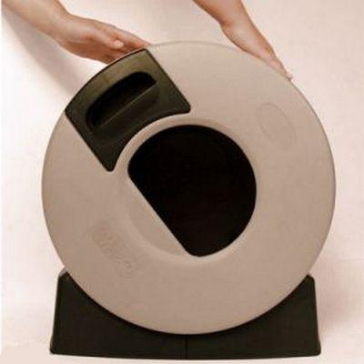 Fantástica bandeja higiénica para gatos de forma circular, lo que hace extremadamente fácil su limpieza. http://mascotasol.com/bandejas-higienicas/2467-bandeja-higienica-circular-litter-spinner-autolimpiable.html