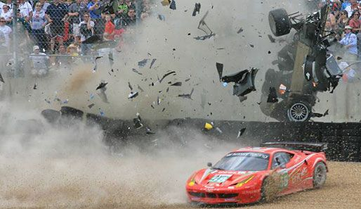 24h Of Le Mans History Top 5 Crashes Le Mans Vintage Racing