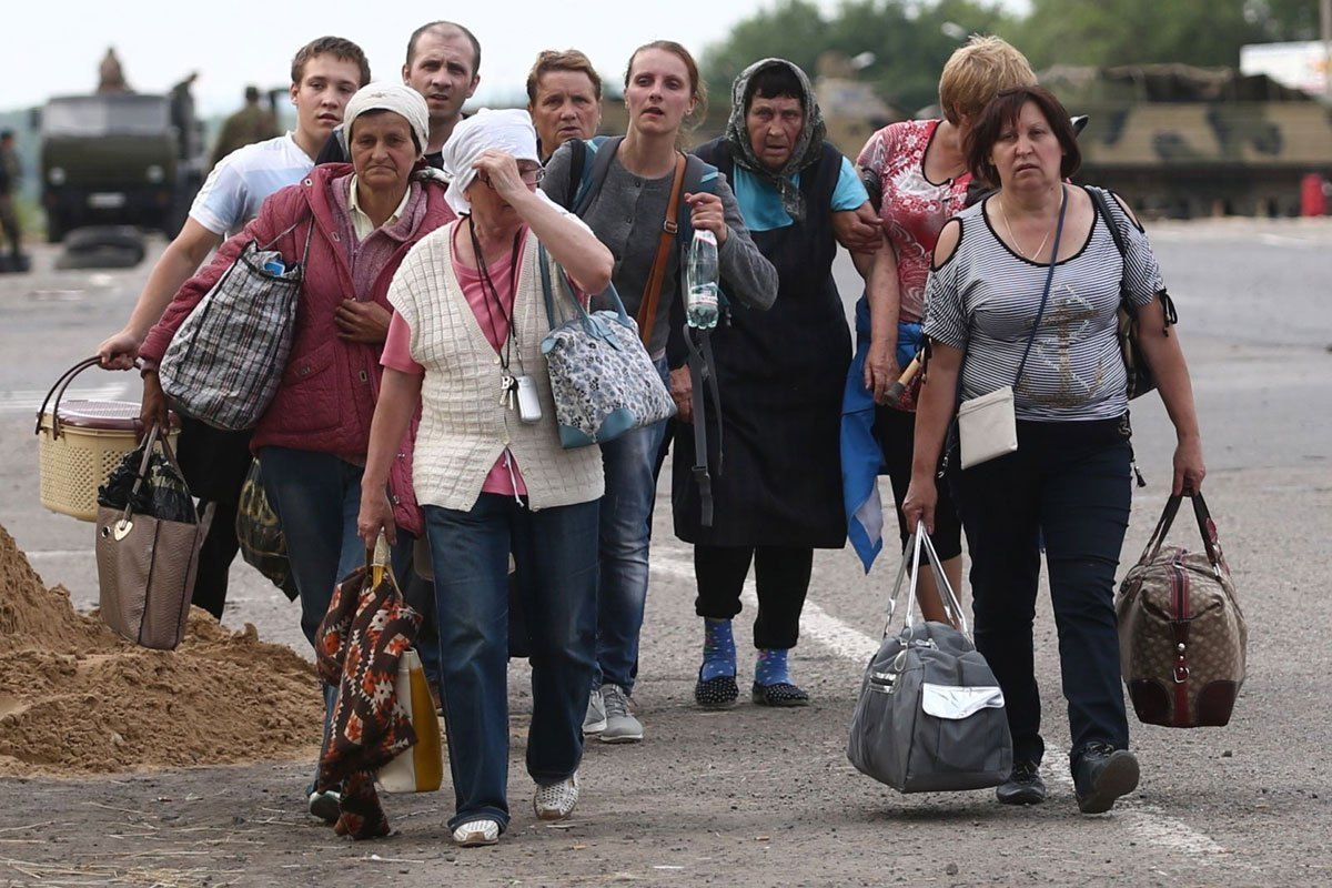 Over two thousand refugees from territories occupied by AFU to meet Victory Day in DPR - http://www.therussophile.org/over-two-thousand-refugees-from-territories-occupied-by-afu-to-meet-victory-day-in-dpr-4.html/