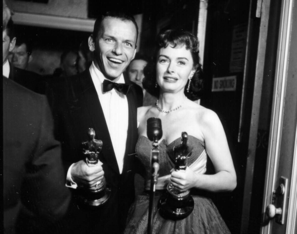 """Donna Reed and Frank Sinatra both won Academy Awards for Best Supporting Actor and Actress, in 1954, for their performances in """"From Here to Eternity"""" (1953)."""
