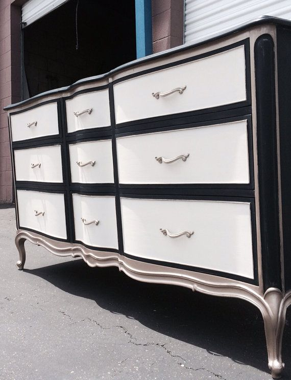 Vintage French Provincial Dresser By